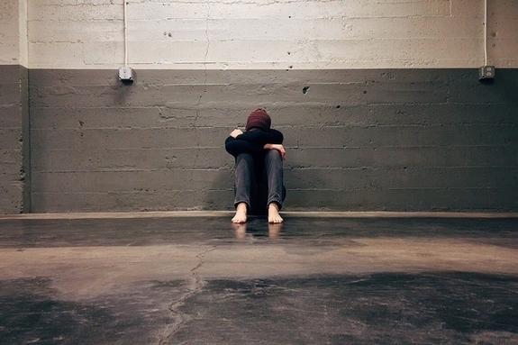 [기자수첩] 직장 갑질에 멍드는 20대…사회초년생 눈물 누가 닦아주나
